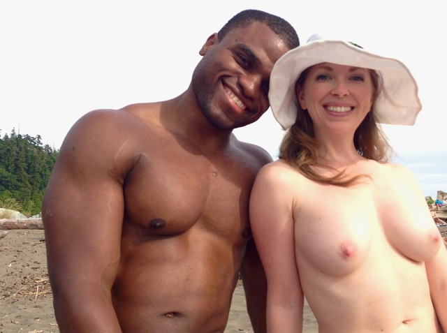 Interracial cuckolding with Mistress T.