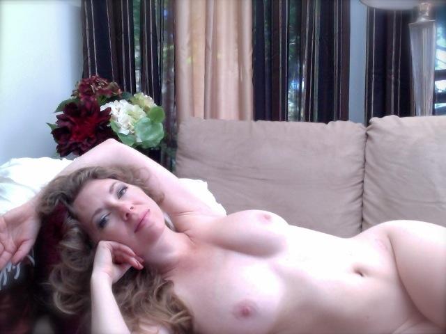 Mistress T nude.