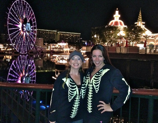 Alexandra Snow & I got matching glow in the dark sweat shirts! Dorks, eh? lol