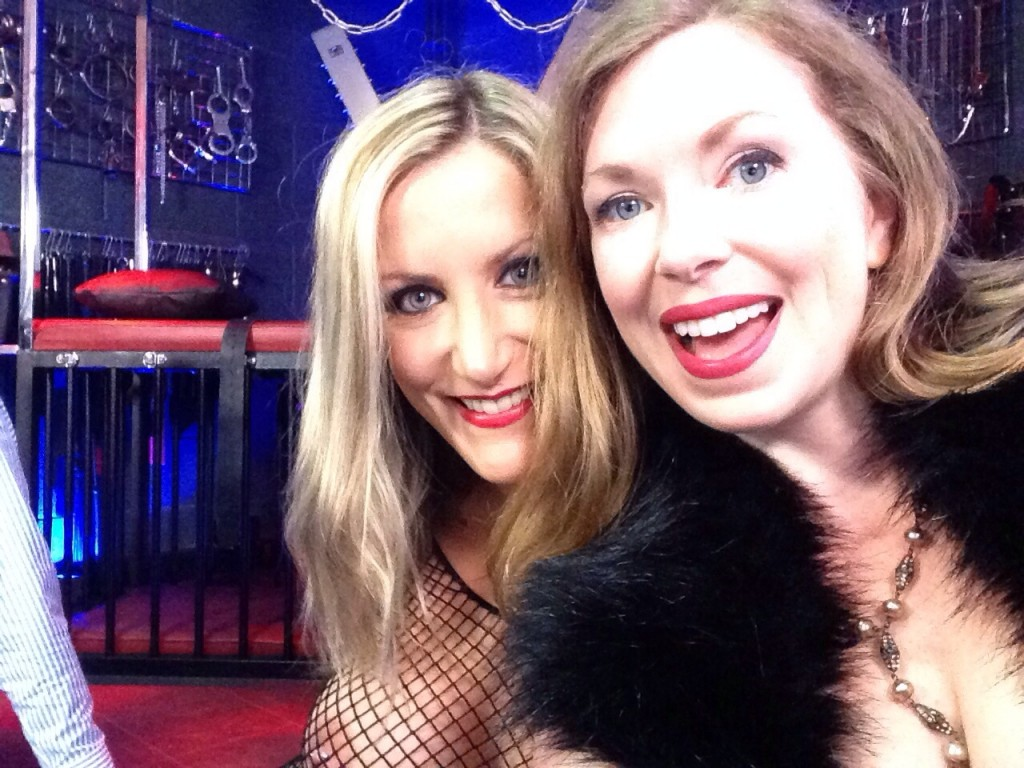 Nikki Whiplash & I reunited for kinky exploits.
