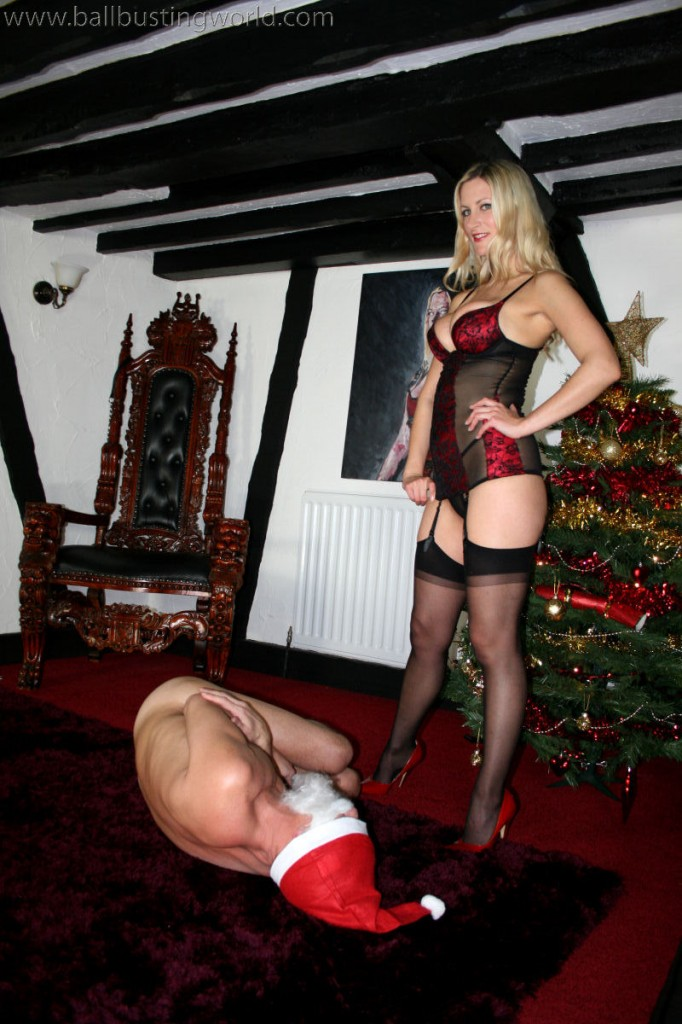 Mistress Nikki Whiplash spreading Christmas cheer!